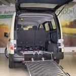 Nissans Elektrovan kann auch Rollstuhlbeförderung