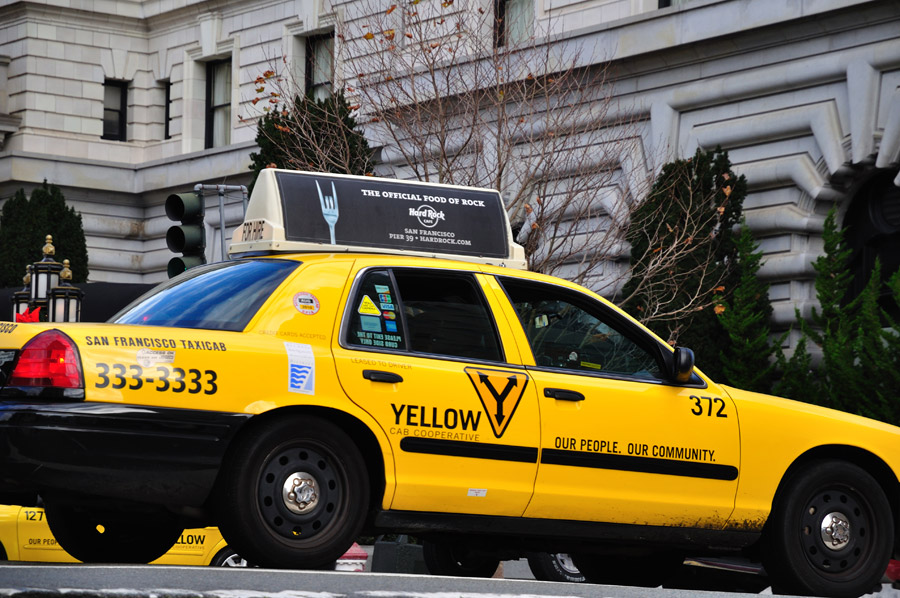 Werden In Kalifornien Vorschriften für Taxis und Fahrdienste künftig auf bundesstaatlicher Ebene erlassen?