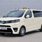 Intax hat ab sofort das Toyota Proace Taxi im Programm