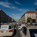 1.400 Taxis auf Sternfahrt – So lief die Münchner Taxi-Demo