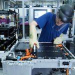 Produktion von Lithium-Ionen-Akkus bei BMW in Dingolfing.