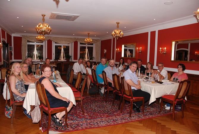 Mitglieder und Gäste der Interessengemeinschaft IG Ortenau treffen sich regelmäßig in Offenburg zum Austausch. Foto: Taxi Times